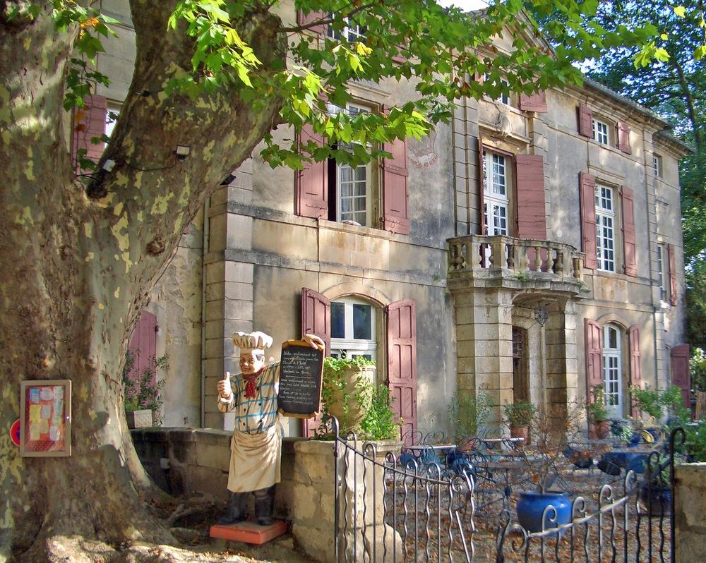 chateau-roussan